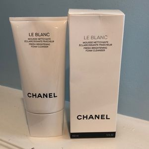 CHANEL Other - Chanel Le Blanc Foam Cleanser